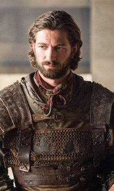 Pin for Later: 30 Game of Thrones Characters You Could Be This Halloween Daario Naharis What to wear: Wear your hair long with some short facial hair, plus lots of brown leather as armor. How to act: Gallant, but like a total badass.