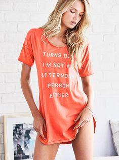 475cd97548de9c Das Angel-Schlafshirt von Victoria's Secret – Victoria's Secret Schlafanzug  Frauen, Kleidung, Winter