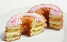 Cronut mezcla del clásico croissant y las donuts