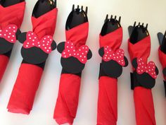 Minnie Mouse Birthday Party Cutlery idea - or do without the bows for a Mickey party