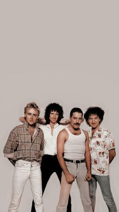 Discografia Queen, Queen Band, Queen Photos, Queen Pictures, John Deacon, Rock Band Posters, Roger Taylor Queen, Queens Wallpaper, Queen Aesthetic