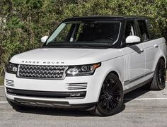 This is one fine Range Rover! See the full spec here http://www.ebay.com/itm/2014-Land-Rover-Range-Rover-Supercharged-/291141473008?&_trksid=p2056016.m2518.l4276?roken2=ta.p3hwzkq71.bsports-cars-we-love #spon #RangeRover #Beast