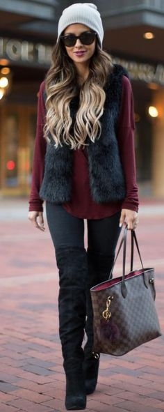 I'm still not crazy about the furry vest look, but I do like this outfit. I'd prefer a puffer vest, though.//Pretty winter outfits to try this year//Winter fashion//Outfit ideas//Cold weather outfits//Dressy casual//Boots outfit// Fashion Mode, Look Fashion, Fashion Outfits, Womens Fashion, Fashion Trends, Fall Fashion, Fashion Bags, Fashion 2016, Fashion Ideas
