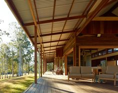 Architects: Shaun Lockyer Architects Location: Queensland Australia Architect In Charge: Shaun Lockyer Jennifer Negline Area: sqm Year: 2014 Photographs: Scott Burrows Photography Australian Architecture, Australian Homes, House Architecture, Queenslander, Shed Homes, Metal Homes, Wooden House, House In The Woods, Rural House