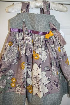 Knot dress in gray/purple/yellow floral print size 3. $25.00, via Etsy.