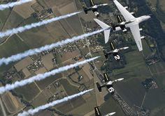 """September 25,famous civil display team Breitling Jet Team flew in formation with A400M """"Atlas"""",around Toulouse,inescapable French city in field of aeronautics.Captain Bernardo Saez-Benito,test pilot at Airbus on A400M & former member of Ejercito del Aire (Spanish Air Force),said at end of flight, """"A fantastic opportunity to test the A400M in close formations."""".Photos: (c) Katsuhiko Tokunaga - Breitling SA - set of photos made during flight training between A400M & L-39C Albatros."""