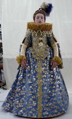 Elizabethan dress designed by Jenny Tiramani Mode Renaissance, Renaissance Costume, Renaissance Fashion, Elizabethan Costume, Elizabethan Era, Historical Costume, Historical Clothing, Historical Dress, Tudor