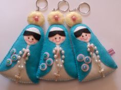 Chaveiros nossa senhora Maria Valentina, Christmas Crafts, Christmas Ornaments, Felt Crafts, Sheep, Santa, Baby Shower, Holiday Decor, Diy And Crafts