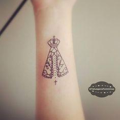 Mini Santinha • Tattoo enviada pela: @rafaelabruno.ℐnspiração 〰 ℐnspirati...