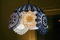 Simple/personalize/fun/recycled-original DIY tutorial of spherical/hemispherical lace light/lamp/sha - All For Decoration Lace Lampshade, Doily Lamp, Chandelier Shades, Chandelier Pendant Lights, Pendant Lamp, Lamp Shades, Light Shades, Crochet Lamp, Crochet Doilies