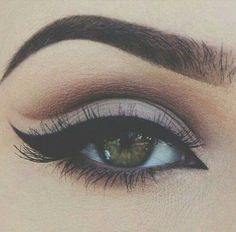 Eye make up Pretty Makeup, Love Makeup, Makeup Inspo, Makeup Inspiration, Makeup Style, Pin Up Makeup, Makeup Geek, Kiss Makeup, Prom Makeup