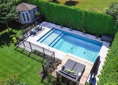 Having a pool sounds awesome especially if you are working with the best backyard pool landscaping ideas there is. How you design a proper backyard with a pool matters. Small Inground Pool, Small Pools, Swimming Pools Backyard, Swimming Pool Designs, Small Backyards, 8 Pool, Small Pool Houses, Backyard Pool Landscaping, Backyard Pool Designs