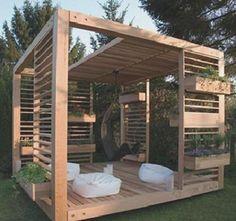 Nowoczesna altana ogrodowa z drewna