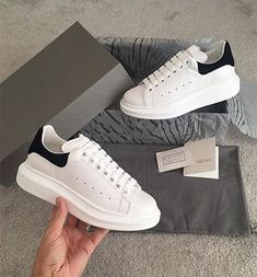 Sneakers | White sneakers | Autumn | Inspiration | More on Fashionchick