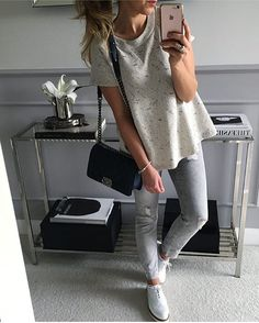 Mint Label sur Instagram: #bluza Mint Label #wykonana ze 100% bawełny #look #girl #shopping #outfit #ootd #style #fashion #streetstyle #instagood #instafollow #instamood #instalike