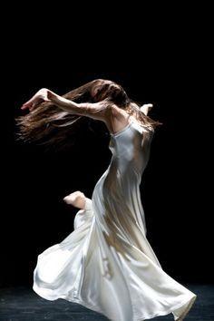 Azusa Seyama born in Japan, since 2000 Tanztheater Wuppertal Pina Bausch