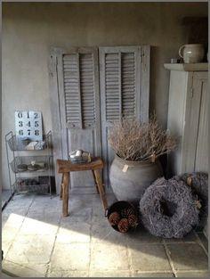 home decor designer Cozy Living Rooms, Interior Design Living Room, Cosy Room, Shabby, Rustic Interiors, Rustic Decor, Decoration, Home Furnishings, Interior Design