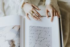 Why You Should Print Your Wedding Photos And How To Choose the Right Album For The Job Best Photo Albums, Custom Photo Albums, Best Albums, Snap Photography, Wedding Photography, Wedding Album, Wedding Photos, Wedding Brochure, Print Your Photos