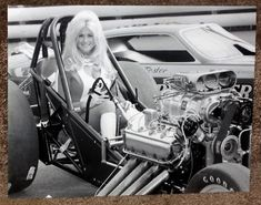 "( CELEBRITY WOMEN 2016 ) - Vintage Drag Racing - Linda Faye Vaughn - Wednesday, August 11, 1943 - 5' 0½"" - Dalton, Georgia, USA. >MISS HURST SHIFTER - 1972."