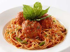Spaghetti and Meatballs Cheesecake Factory Recipes, Spaghetti And Meatballs, Meatball Recipes, Greek Recipes, Dinner Recipes, Cooking Recipes, Menu, Pasta, Ethnic Recipes