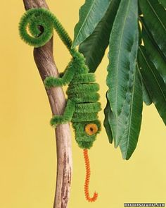 Pipe Cleaner Critters -- Great crafts to do with kids. So cute!