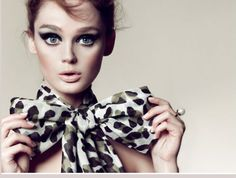 with a leopard Fashion bow