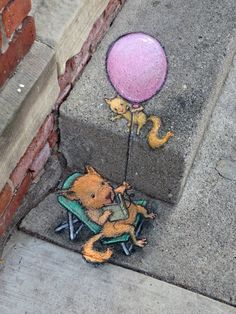 David Zinn - Much as I want to branch out into mammals (and need to use up the seven shades of orange in my chalkbox), it bothers me that every furred creature I draw turns into a squirrel/fox/terrier hybrid. — at VinBar.