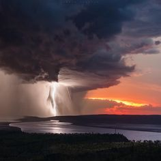 An explosion of sunset colour through the storm clouds as the lightning bolts rain down Fast Crazy Nature Deals. Tornados, Thunderstorms, Rain Photography, Landscape Photography, Sunset Colors, Destination Voyage, Storm Clouds, Album Photo, Fauna