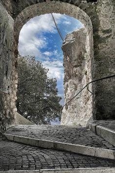 La Porta è Aperta by Claudio Mastracci on 500px