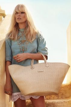 beach tote from longchamp. kate moss not included