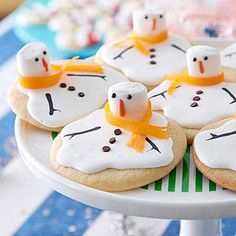 It's a Cookie Swap!     Melted Snowman CookiesEnter This Month's Pin to Win Sweepstakes!Thank you! (via Parents.com) Food Colouring Paste, Christmas Baking, Christmas Fun, Christmas Treats, Christmas Foods, Xmas Food, Christmas Recipes, Holiday Recipes, Homemade Cookies
