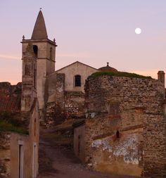 — breathtakingdestinations: Juromenha - Portugal...