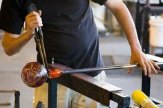 If you're looking for an art class in #Indianapolis, the Art Center is the first place to check out. They offer a wide variety of classes from painting to glassblowing to photography. Classes ranges from a couple of months to 1-day workshops.