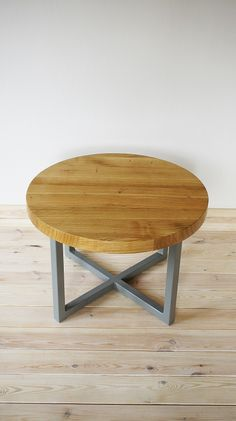 Industrial coffee table Cherry Round by Projekt Drewno
