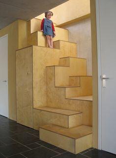 Top Unique Modern Staircase Design Ideas for Your Dream House - futurisme Interior Stairs, Interior Architecture, Interior Design, Loft Stairs, Under Stairs, Entry Stairs, Modern Staircase, Staircase Design, Espace Design