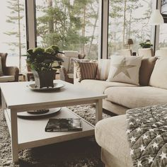 Relax and enjoy your Saturday! #livingroom #livingroomdecor #homedecor #interior #inspiration #ikea #ikeakarlstad #linnen #sofa #hemnes #cozy #blanket #pillows #swedishdesign #artwood #wicker #armchair #rattan #hydrangea #jamesbond #encyclopedia #lakesideliving #lakeview #lakehouse #villarubin #honkarakenne #loghouse #finland by villa.rubin