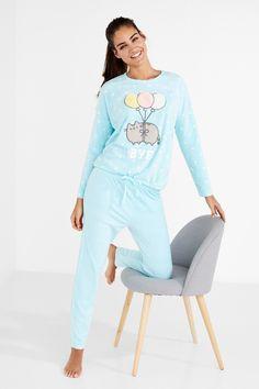 Cute Pajamas, Pajamas Women, School Outfits Highschool, Pusheen Cute, Pyjamas, Nightwear, Pajama Set, Lounge Wear, Cute Outfits
