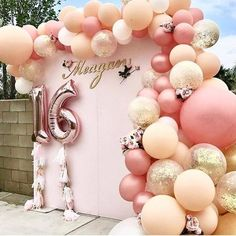 Sweet 16 Party Decorations, Sweet 16 Themes, Diy Birthday Decorations, 18th Birthday Decor, Wedding Decorations, Debut Decorations, Homemade Party Decorations, Pink Decorations, Sweet 16 Centerpieces