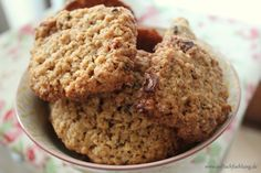 N'oats Kekse Pflaume Zimt http://auftuchfuehlung.de/a-cookie-a-day-oder-so-aehnlich/