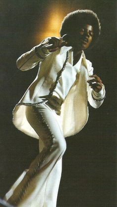 Michael Jackson: The Man, The Magic, The Mystery Jackson Family, Jackson 5, Hee Man, Vintage Black Glamour, The Jacksons, Great Artists, Black History, Singer, Mj