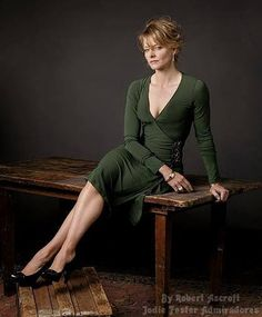 Jodie Foster Jodie Foster, Academy Award Winners, Academy Awards, Beautiful Actresses, Orange Is The New, American Actress, The Fosters, Cinema, Portrait Lighting