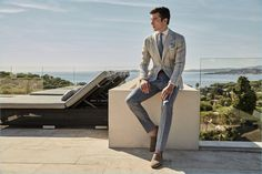 Donning shades of grey, Alexis Petit wears a sartorial number from Luigi Bianchi Mantova.