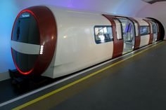 Future of the London Underground? Next generation Tube train concept unveiled London Transport, Mode Of Transport, Public Transport, Futuristic Technology, Science And Technology, Croydon Tram, London Underground Train, London Overground, Tube Train