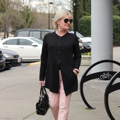 Baby Boomer Women | Fashion over 50 | black and pastel pink