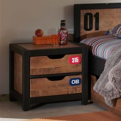 Welded Furniture, Industrial Furniture, Closet Bedroom, Bedroom Sets, Loft Style, Smart Home, Wood And Metal, Nightstand, Furniture Design