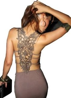 Love the back of this dress just amazing - Click image to find more Women's Apparel Pinterest pins