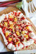20 süße Rhabarberdesserts für den Frühling Cobb Salad, Tacos, Mexican, Ethnic Recipes, Desserts, Food, Food Food, Tailgate Desserts, Dessert