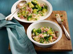 Risotto met doperwten, broccoli en ham. #risotto #erwt #ham #broccoli #bosto 20 Min, Couscous, Paella, Potato Salad, Soup, Meat, Chicken, Vegetables, Fruit