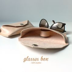 glasses box · 100% leather http://marieladias.blogspot.pt