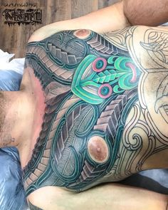 This guy is a soljah! Awesome session bro thanks for the support George. --- Artist: Turumakina Bookings: PM or artselemental.com  #tamoko #taamoko #maori #maoritattoo #maoriart Maori Tattoos, Tattos, Tatoo Designs, Hybrid Design, Maori Art, Andreas, Skin Art, Bro, Carving